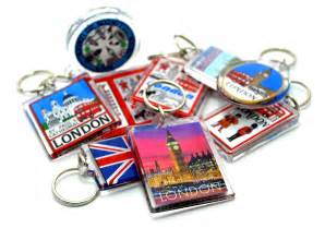 best places for shopping for london souvenirs in london uk