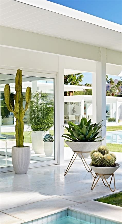 White Modern Planters by 25 Best Ideas About White Planters On Modern Garden Design Front Door Plants And