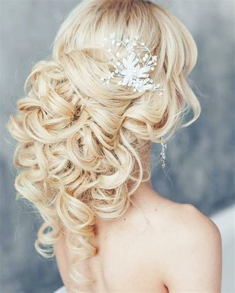 Wedding Hairstyles For Backless Dress by 37 Best Hair Inspo Images On Bridal Dresses