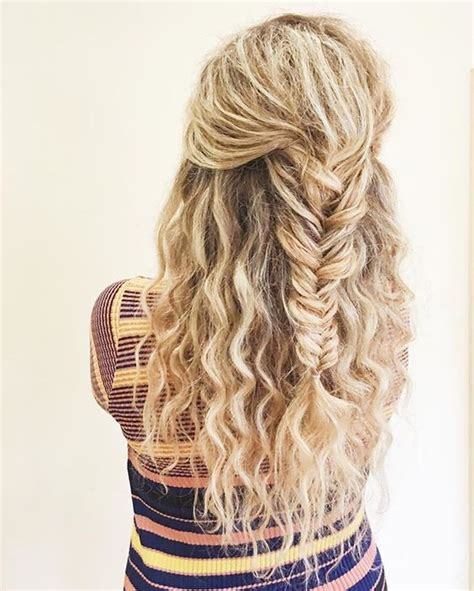 hairstyles for curly hair plaits fishtail braid curly hair blonde curls blonde braid