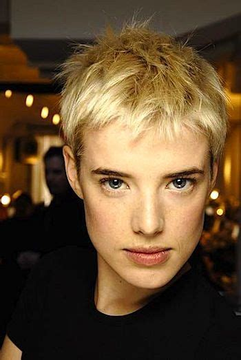 what kind of hair is used for pixie braid hairstyle trend 2013 2014 pixie short hair cut how to go