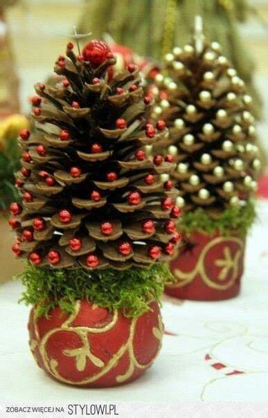 decorar mean in english 36 brilliant diy decoration ideas with pinecones adornos