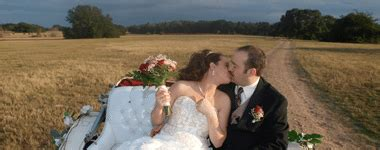 blisswood bed and breakfast ranch elope in texas texas elopement packages eloping in texas