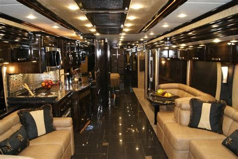 Motorr Der In Mobile De by Luxury Buses That Redefine Luxury Travel For The Rich