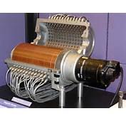 Magnetic Drum Memory C 1951 ≈256 Bytes/in&178 University Of