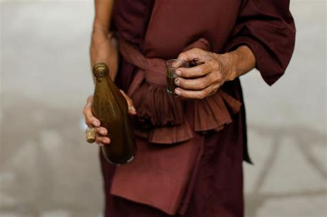Buddhist Detox by This Buddhist Monastery In Thailand Has Helped More Than 1