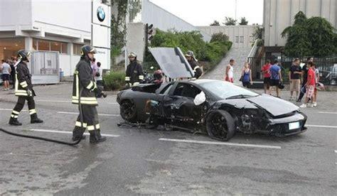 Italian Lamborghini Crash Lamborghini Murcielago Crashes Into Italian Bmw Motorcycle