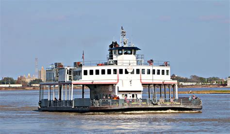 mississippi river boat cruise to new orleans new orleans riverwalk walk the mississippi river