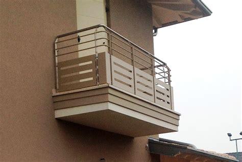 copri ringhiera balcone parapetto con tondini e lamiera taglio laser pasolini