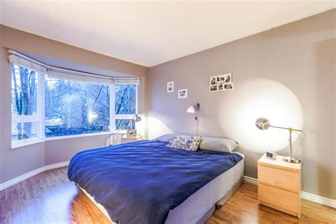 new moves in the bedroom new listing move in ready 2 bedroom den in lynn valley