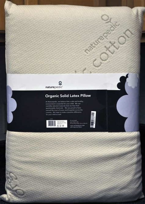 Memory Foam Pillow Benefits by Vs Memory Foam Pillow Differences And Benefits