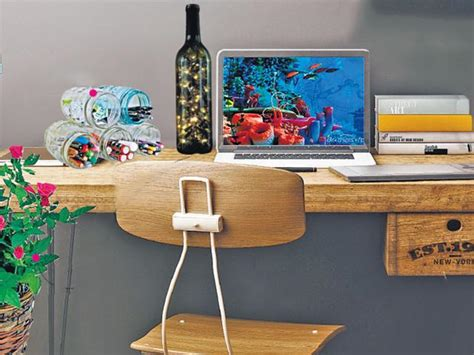 How To Decorate Your Office Desk Diy Office Makeover How To Decorate Your Boring Work Desk Morefromlifestyle Hindustan Times