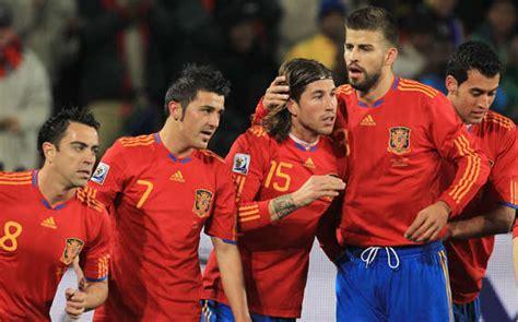 Oleh Oleh Kaos Unik Dari Spanyol 10 kostum pemain sepak bola terbaik di dunia wahyu pkl sic