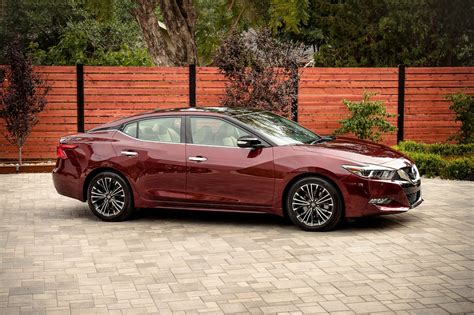 2018 nissan maxima 2018 nissan maxima pricing for sale edmunds