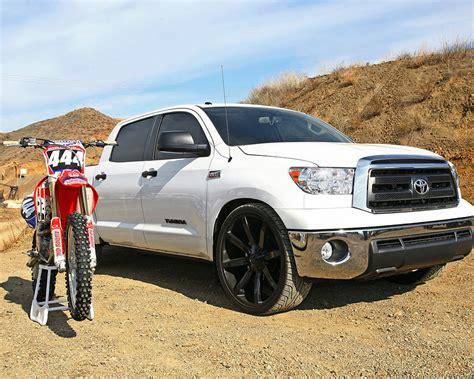 Toyota Tundra V8 2014 2015 Toyota Tundra 4 6l 5 7l V8 Trucks Get 50 State