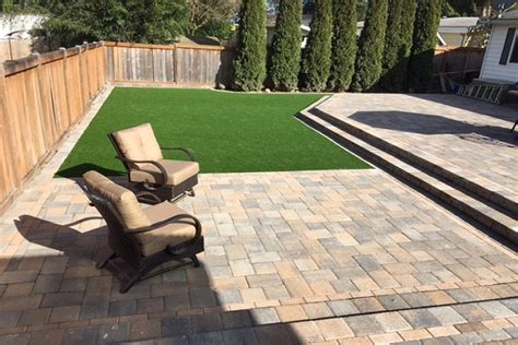 Patio Pavers On Grass Paving Patio Retaining Wall And Artificial Grass