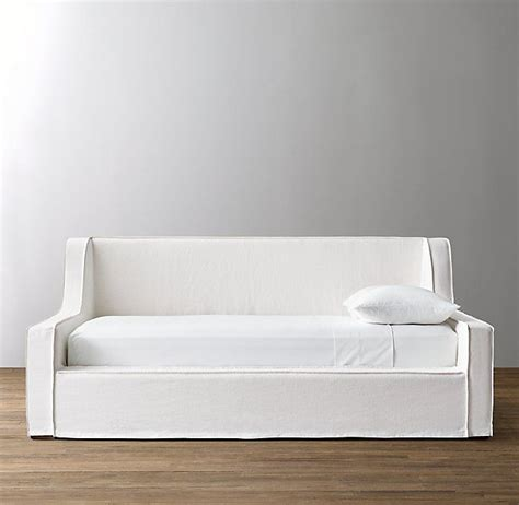 slipcovered daybed 17 best images about home furniture beds on pinterest