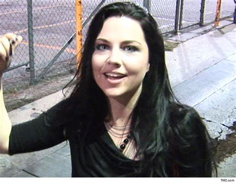 amy lee images evanescence singer amy lee recovers 1 million in lawsuit