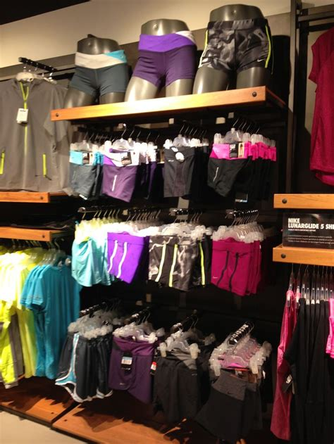 nike porta di roma 16 best images about shop on shops starbucks