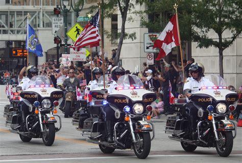 Chips Motorrad Ducati by Chips Police Go Harley Motorbike Writer