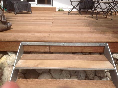 terrasse treppe holz holzterrasse mit treppe das beste aus wohndesign und