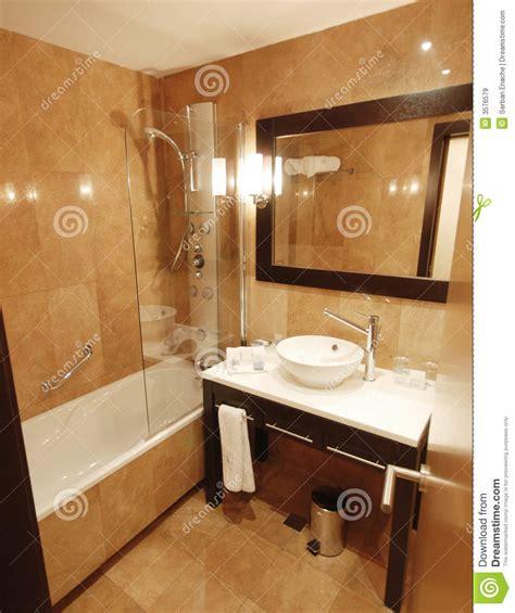 agréable Glace De Salle De Bain #3: salle-de-bains-de-marbre-3576579.jpg