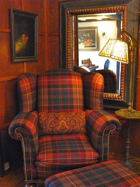 plaid living room furniture 86 best furniture images on pinterest