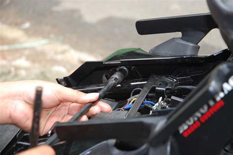 Braket Bracket Kreket Dudukan Plat Nomor Polisi Depan Di Spakbor Nmax 2 cara pasang bracket box di byson gilamotor