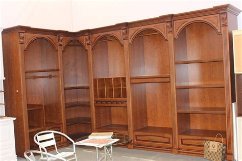 Solid Wood Closets Solid Wood Walk In Closet Photos Pictures