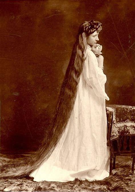 stunning vintage  show  victorian female