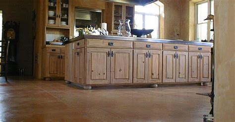 Traditional Kitchen With L Shaped Two Dishwashers Acid