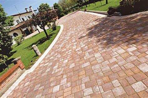 pavimenti x esterni prezzi pavimento per esterni forme italia