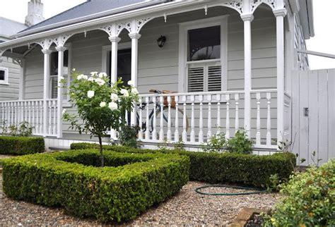 laura thomas interior design blog   zealand villa exterior paint pinterest villas