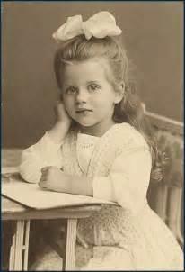 British paintings victorian child
