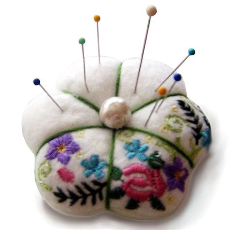 embroidery crafts projects machine embroidery projects search engine at