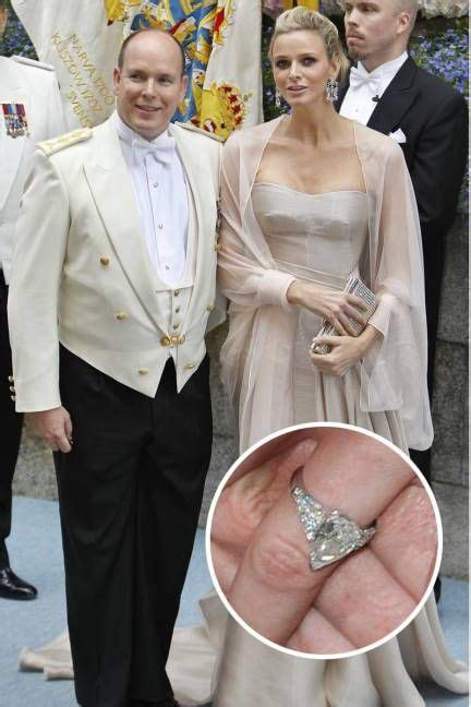 kirsten dunst shows new engagement ring