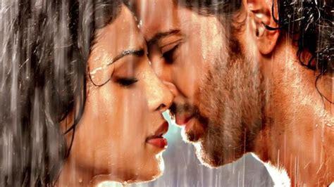 priyanka chopra agneepath photos hrithik roshan and priyanka chopra s new still from