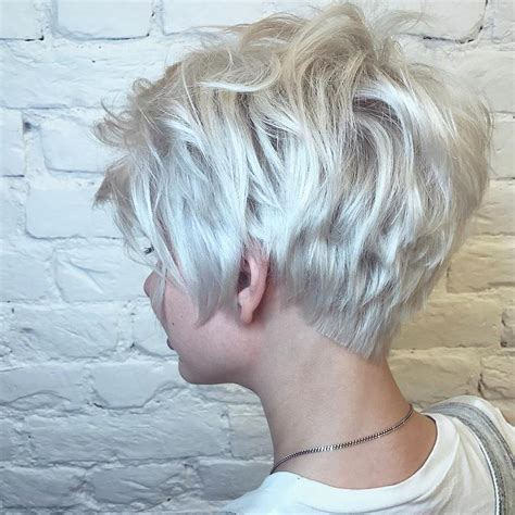 10 Latest Short Haircut for Fine Hair 2018 & Stylish Short Hair Color Trends