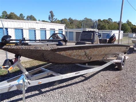 boat lifts for sale alabama xpress hyper lift series h20 boats for sale in alabama