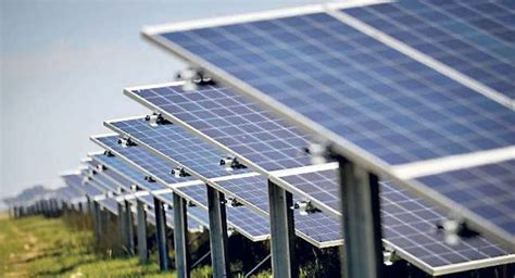 solar farm firm rejects claims of glint and glare - Solar Panels Ireland Review 2017