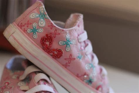 diy decorate shoes diy beaded tennies think crafts by createforless