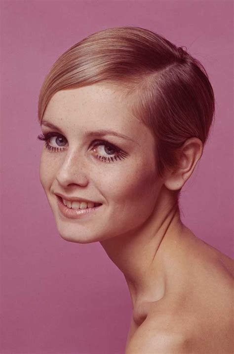 twiggy hairstyle 17 best ideas about twiggy style on pinterest 1960s
