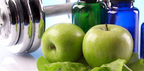 alimentazione per menopausa menopausa quale alimentazione accanto alla donna