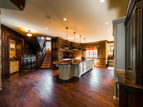 Big Home Bar Impeccable Suwanee Mansion 5 395 000 Pricey Pads