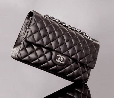 Caroline Damore Boosi Cola Bag by Classic Flap Bag Chanel Classic Bags Fashion
