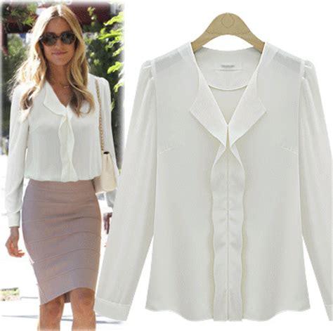 Celana Offwhite Muda item yang bisa bikin wanita bergaya tanpa buat dompet sengsara