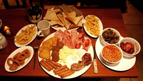 Feeling hungry? Here?s a look at Ireland?s BIGGEST breakfasts   JOE.ie
