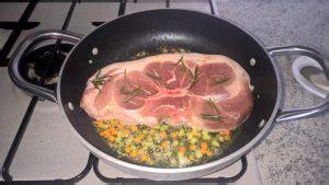 cucinare spalla di maiale le ricette di trancio di spalla di maiale al