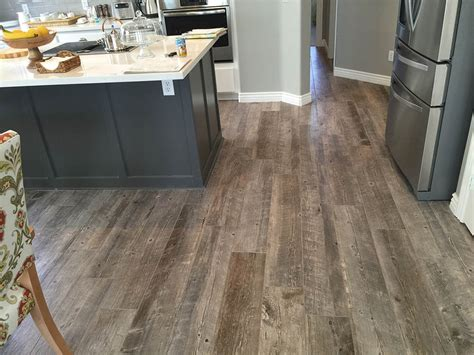 wood flooring trends  follow