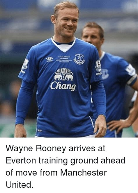 chang wayne rooney arrives at everton training ground